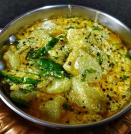 Dahi Aloo | Dahi Wale Aloo Recipe