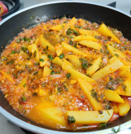 Batata Cha Bhujna | Aloo Pyaaz Ki Sabji Recipe