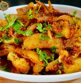 Aloo Gobhi Ka Sabzi | Masala Gobhi Aloo Recipe