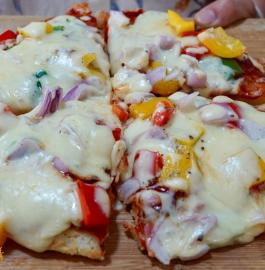 Suji Pizza | Rava Pizza | Semolina Pizza Recipe