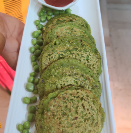Tiffin Snack Recipe | Matar Ke Chille | Green Peas Pancake