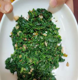 Lasaniya Palak Recipe