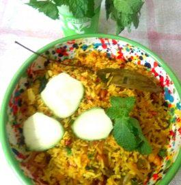 Raw Mango Fried Rice(Mavinakayi Chitranna)