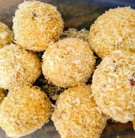 Coconut Laddoo | Instant Coconut Laddoo Recipe