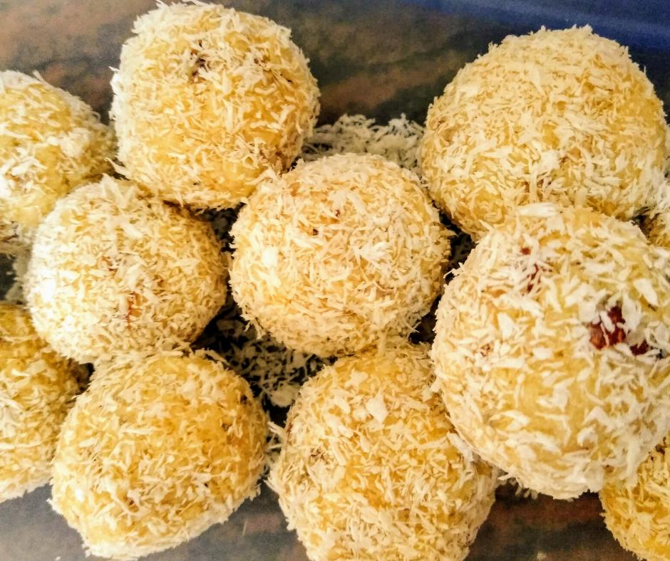 Coconut Laddoo | Instant Coconut Laddoo Recipe