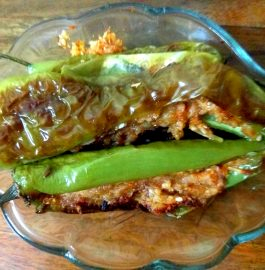 Stuffed Green Chillies | Aloo Cheese Bhari Hari Mirch Recipe