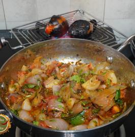 Bhune Pyaz Ki Sabji Recipe